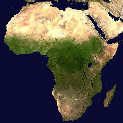 Foto de satélite mostra o tamanho do Saara em relação à África.