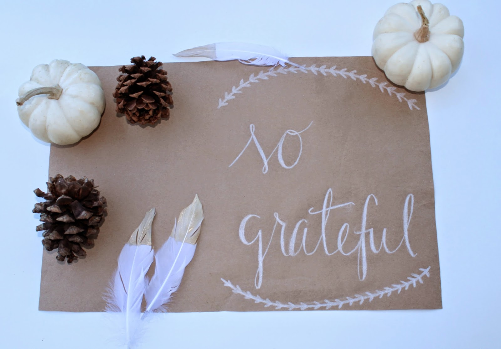 DIY Thanksgiving Placemat | Bubbles and Gold