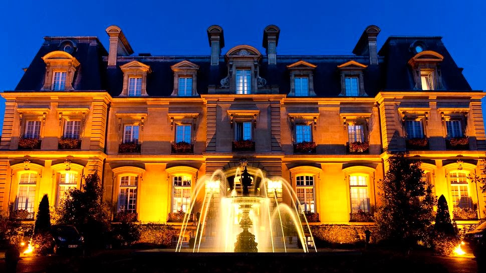 Passion for luxury saint james paris france for Hotel luxe france