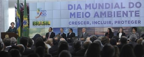 Brasil: Crise global não pode impedir acordos na Rio+20, diz Dilma