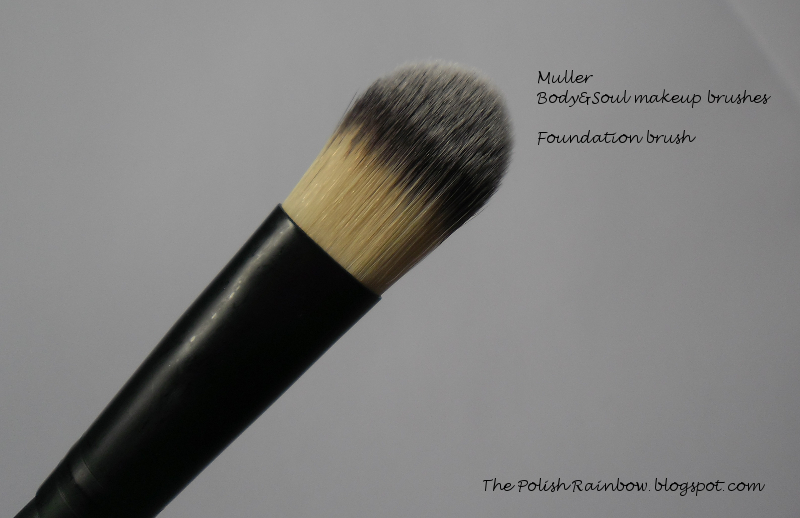 how to clean foundation brush after use
