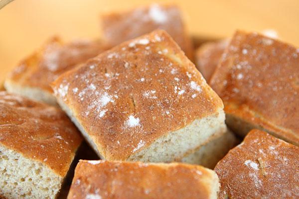 enkelt matbröd i långpanna