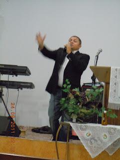 IGREJA PRESBETERINA DE ARARAGUARA RECEBE O CANTOR GOSPEL JOSE ANTONIO