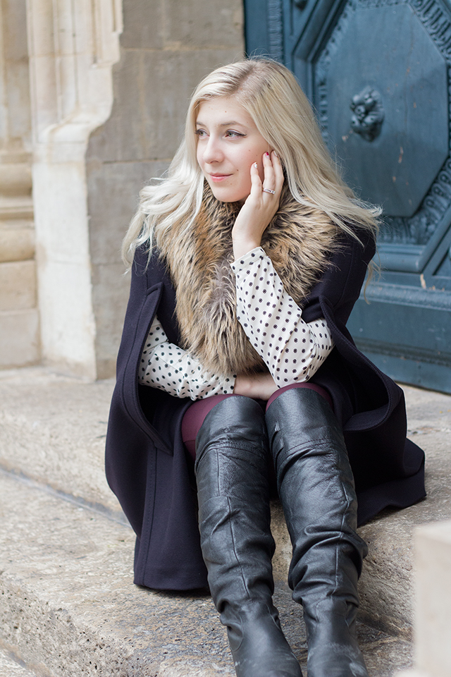 How to wear a cape! // Fall outfit inspiration via Pretty Little Details fashion & style blog.