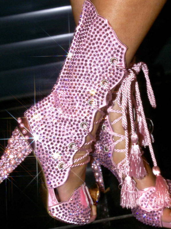 Boots Fashion Pic: Boots Diamond