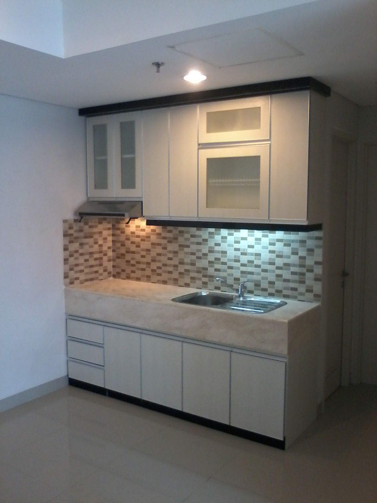 Jasa kitchen set murah for Kitchen setting pictures