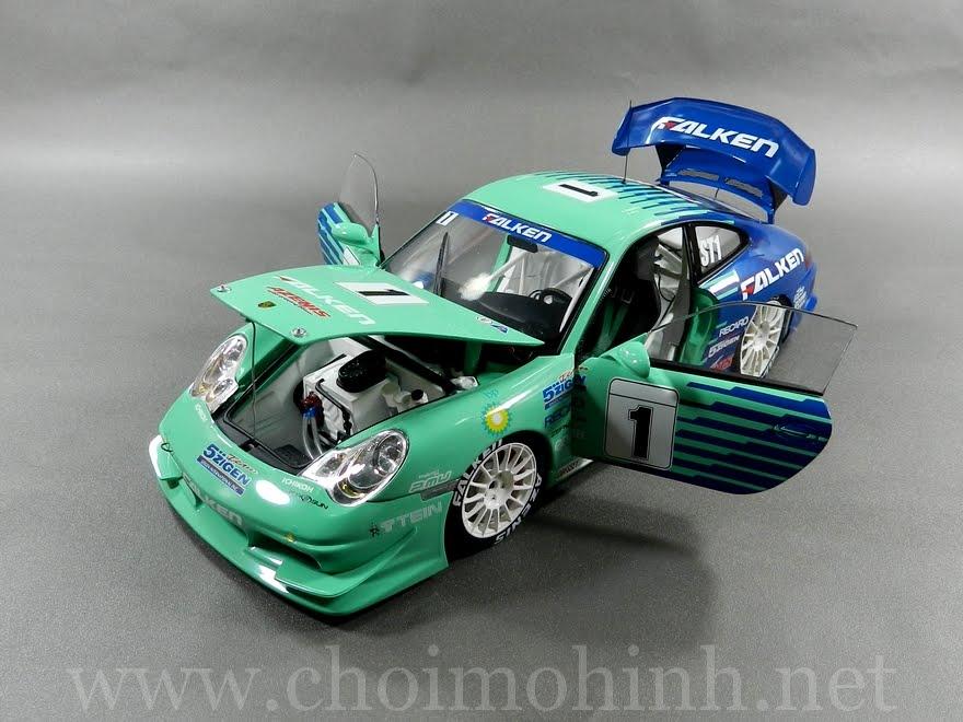 Porsche 911 GT3 Falken Super Taikyu 1:18 AUTOart door