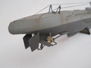 hélices y timones de popa del submarino VII-D-minenleger