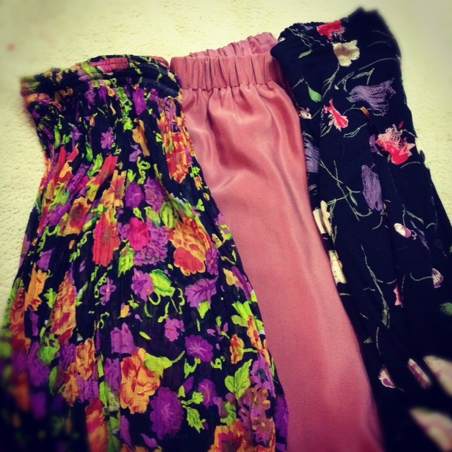floral maxi skirt, silk maxi skirt, elastic waist maxi skirt, vintage maxi skirts from the fair