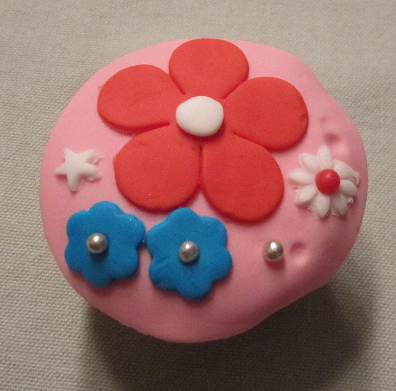 workshop cupcakes versieren cake ideas and designs. Black Bedroom Furniture Sets. Home Design Ideas