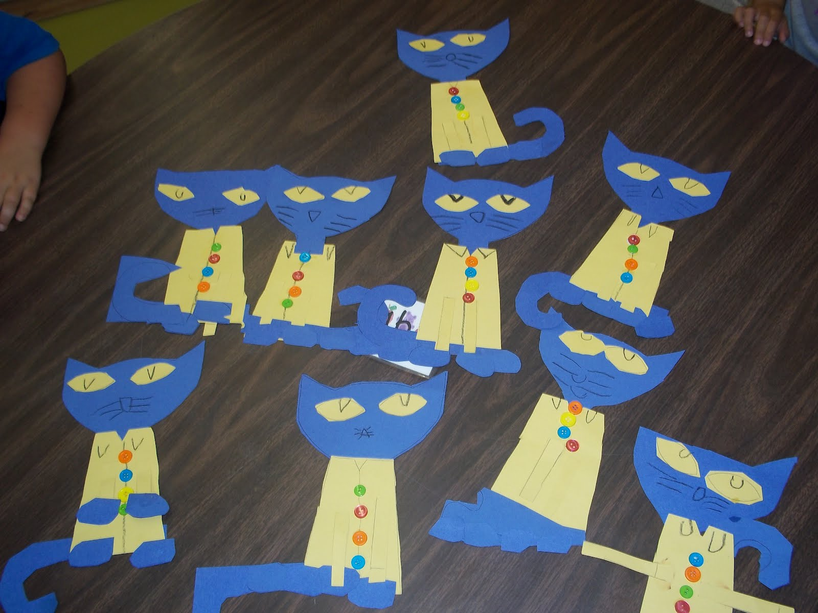 Hooray for kindergarten pete the cat and his four groovy buttons pronofoot35fo Gallery