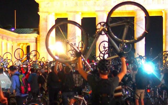 Critical Mass Berlin Bicycle Rights Fahrrad Fahrräder Rechte