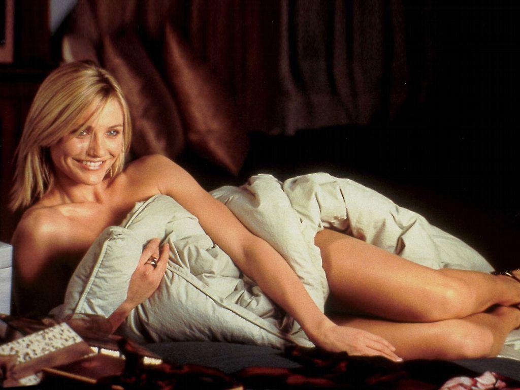 http://1.bp.blogspot.com/-VyhHVEQU4co/UONnNOxmovI/AAAAAAAAENo/Y8cxM5fxDU4/s1600/cameron-diaz-bikini-06.jpg