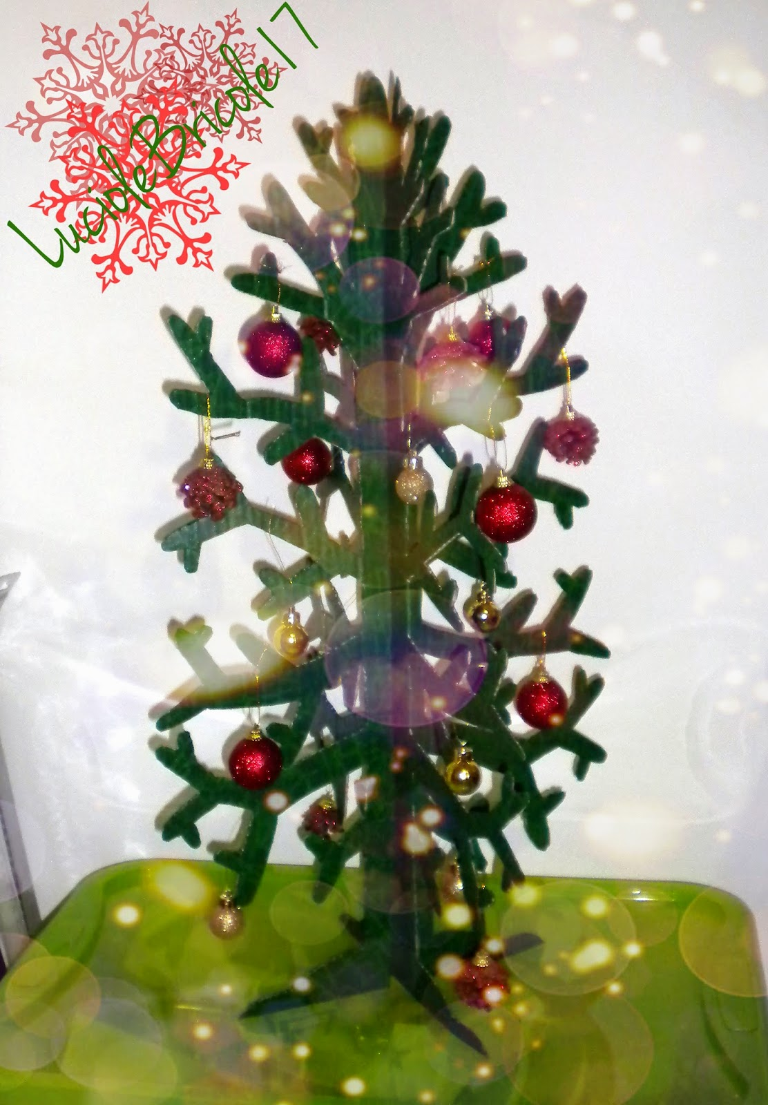 luciole bricole 17 sapin de no l r cup upcycling christmas tree. Black Bedroom Furniture Sets. Home Design Ideas