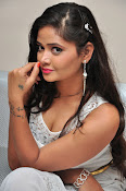 Shreya Vyas New sizzling photo session-thumbnail-7