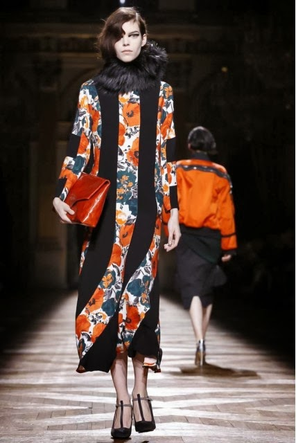 Dries-Van-Noten, Dries-Van-Noten-Fall-Winter, Fall-Winter, Fall-Winter-2014, Womenswear, womenswear-2014, ready-to-wear, pret-à-porter, fashion-week-milan, automne-hiver, fashion-week, milano-fashion-week, milan-fashion-week, mlf, mlf14, mlf2014, paris-fashion-week, fashion-week-paris, pfw, pfw14, pfw2014, du-dessin-aux-podiums, blog-mode-femme, blog-sur-la-mode, online-fashion-magazine, mode-chic, new-mode , fashion-looks, milan-fashion, fashionweek, look-mode, mode-a-paris, paris-fashion, style-mode, accessoires-de-mode, ladieswear, in-fashion, blogs-mode, fashion-events