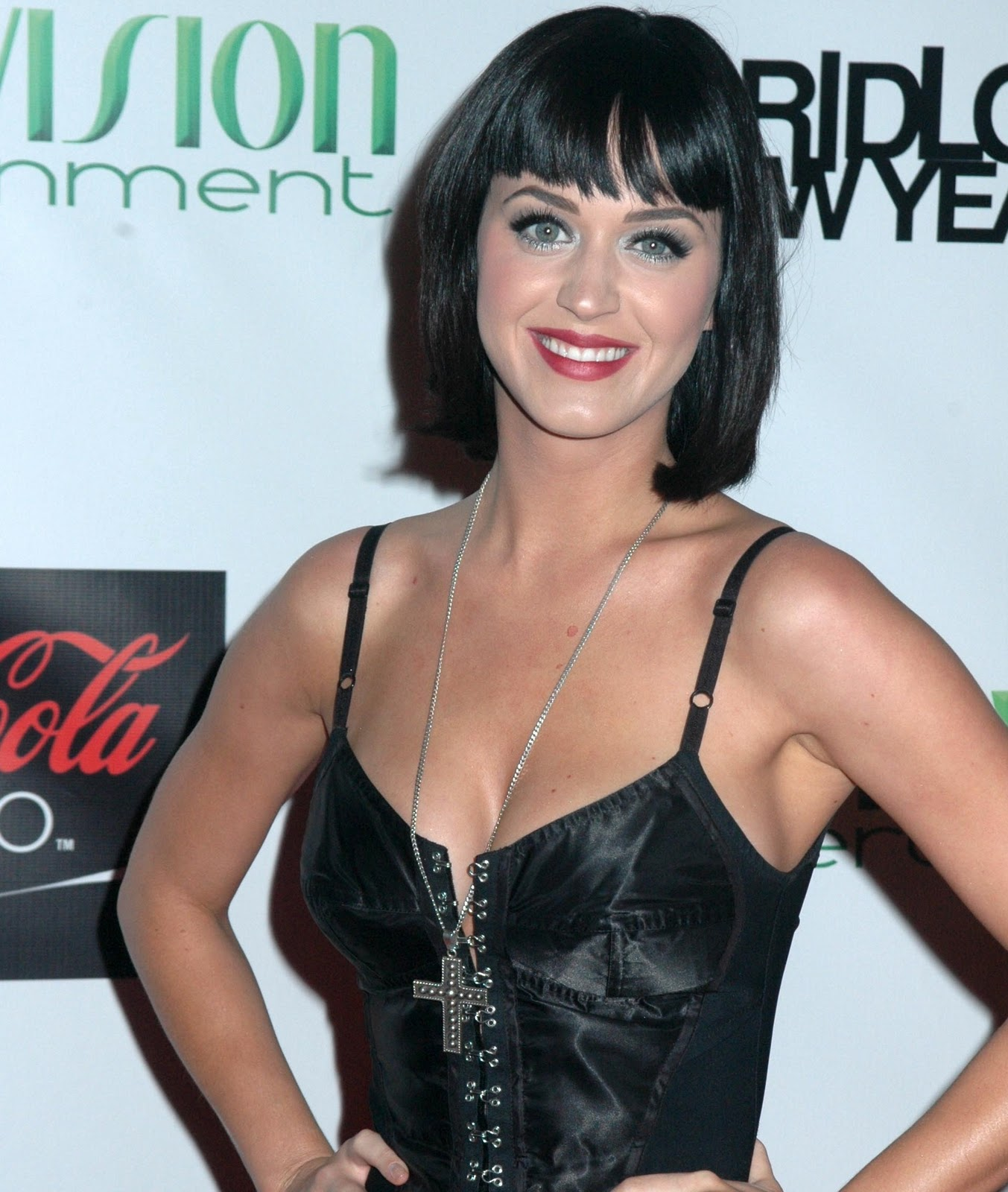 Fox trending now katy perry - Naomi curtis diva futura ...