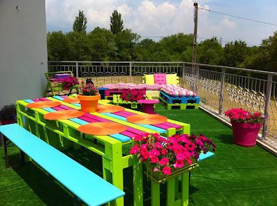 Mesa para terraza con palets