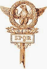 Águila legión romana, SPQR