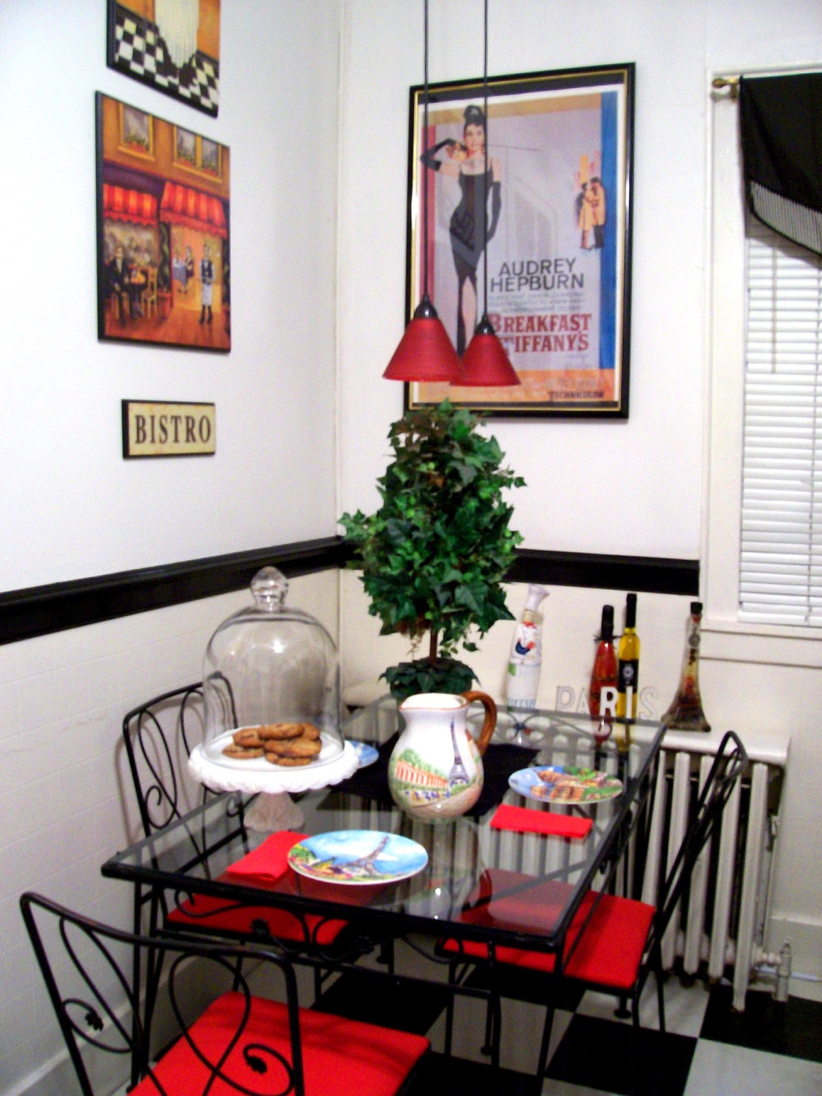 eye for design bistro kitchen in a circa 1900 home