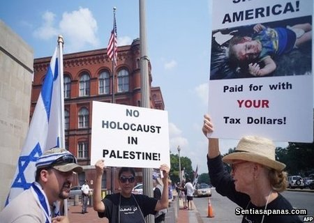 Holocaust-Sucks