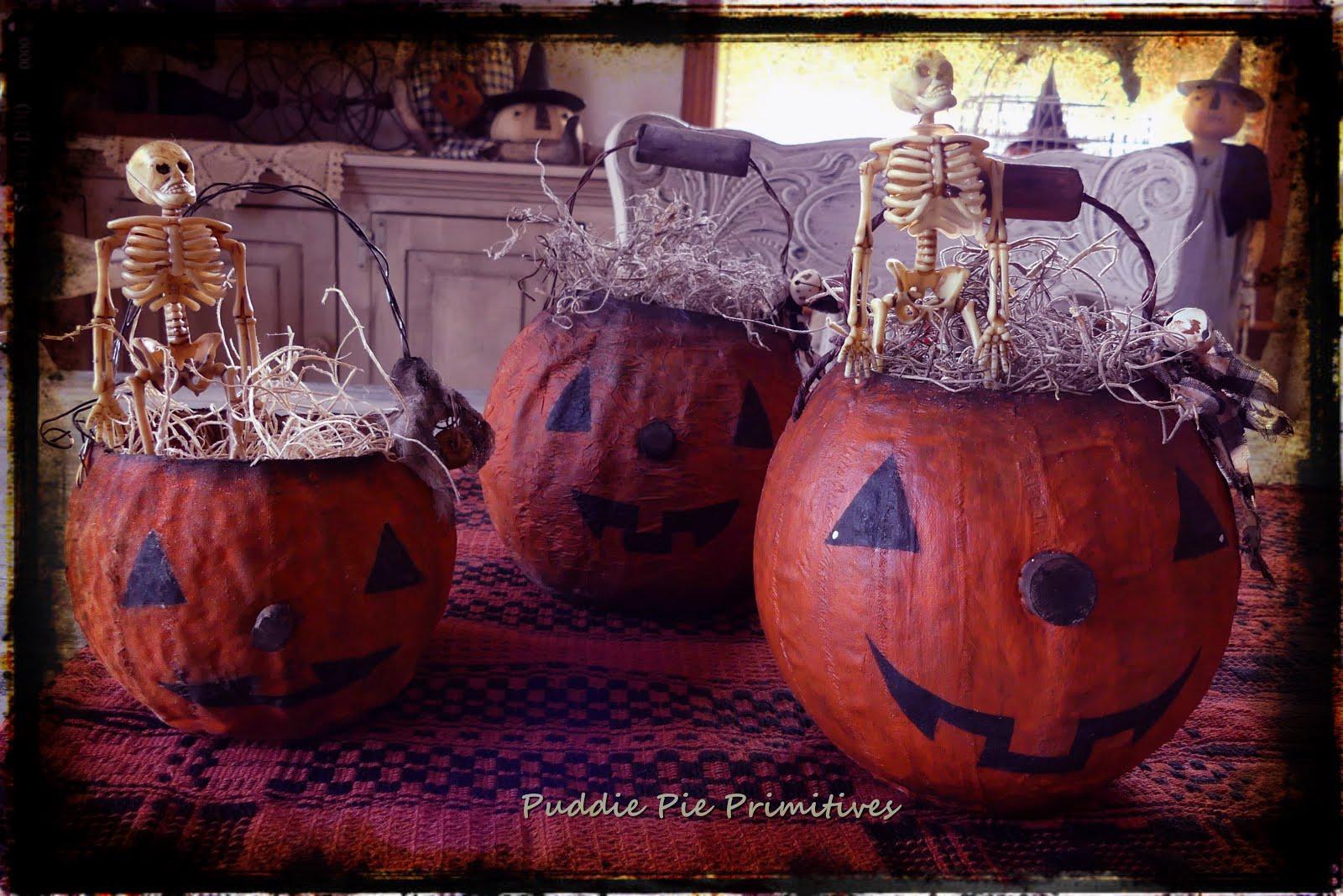 Three Prim Pumpkins