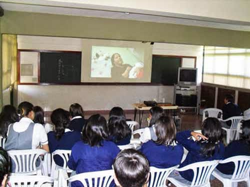 Destinan 80 profesionales a colegios para prevenir drogodependencias