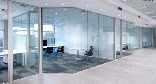 Cerramientos para dividir ambientes cerramientos de for Cerramientos oficinas
