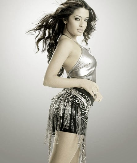 Riya Sen in mini skirt black tight innerweear bollywood actress leaked hot pics download now