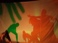 Oficinas, vivências e intercâmbios com a arte das sombras