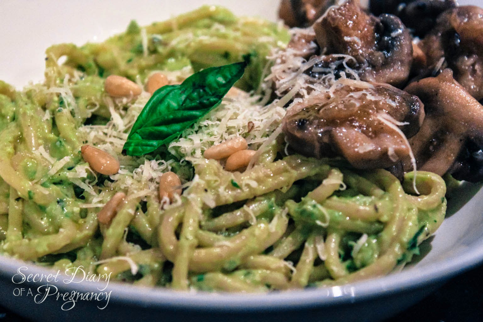creamy avocado pesto with spaghetti