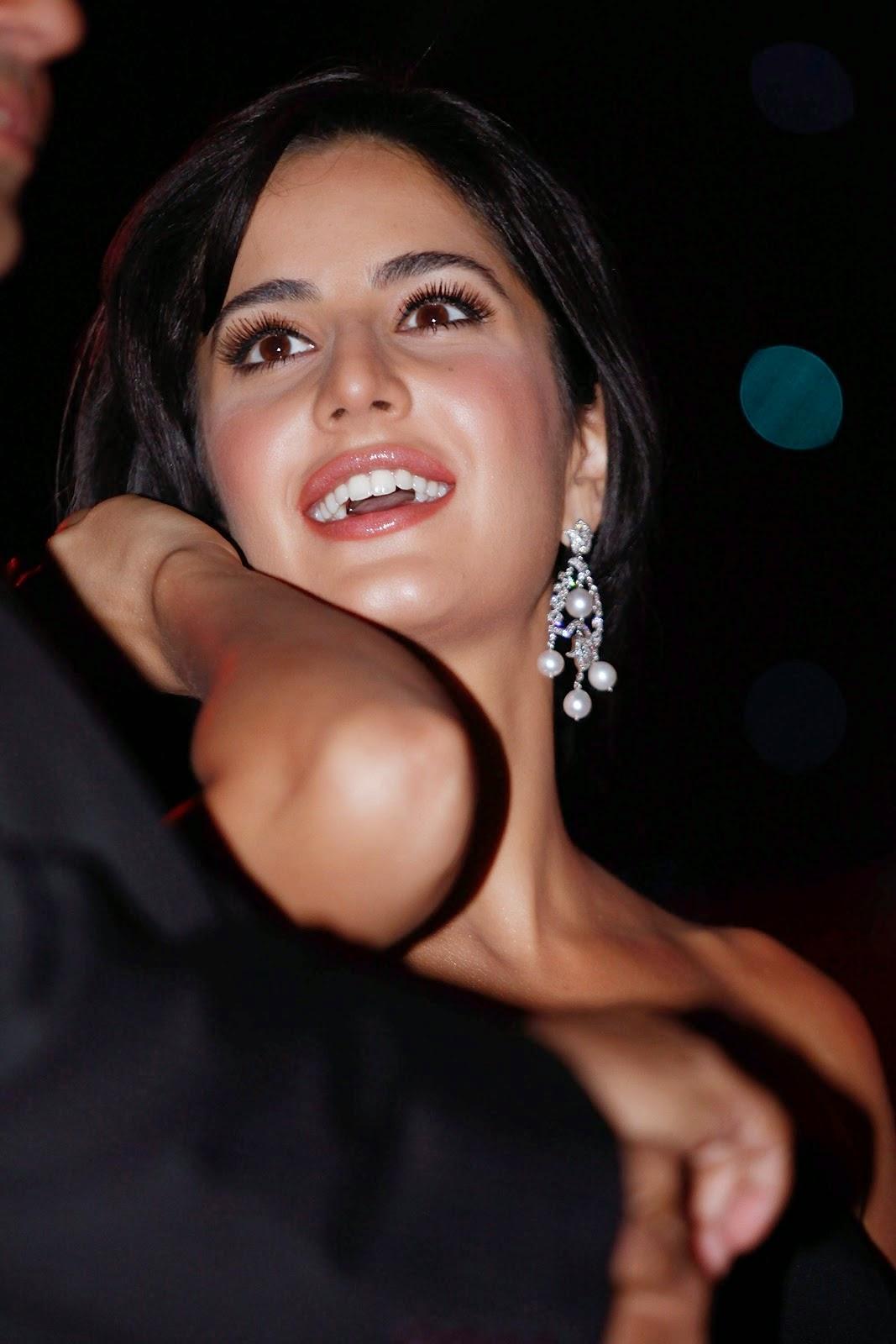 Katrina Kaif @ India Autocar Awards in Mumbai January 7, 2009 HQ Images