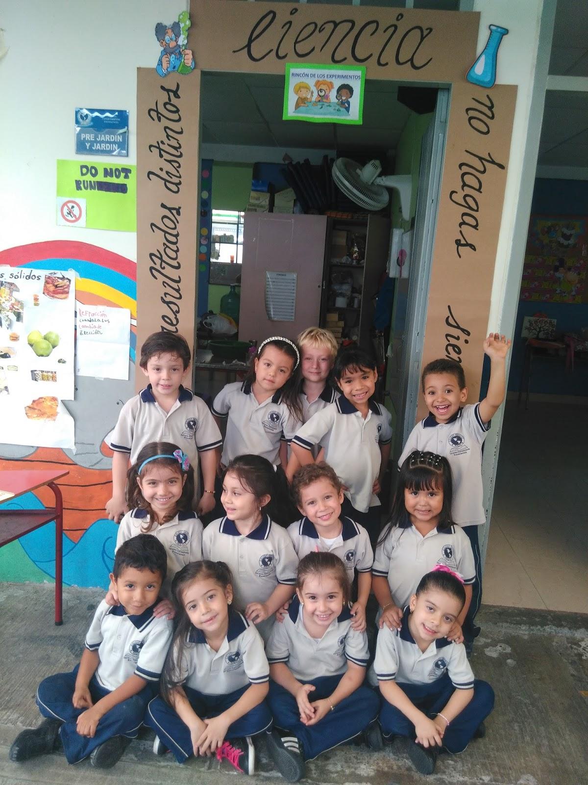 Jard n colegio americano semana cultural for Jardin cultural uabc 2015