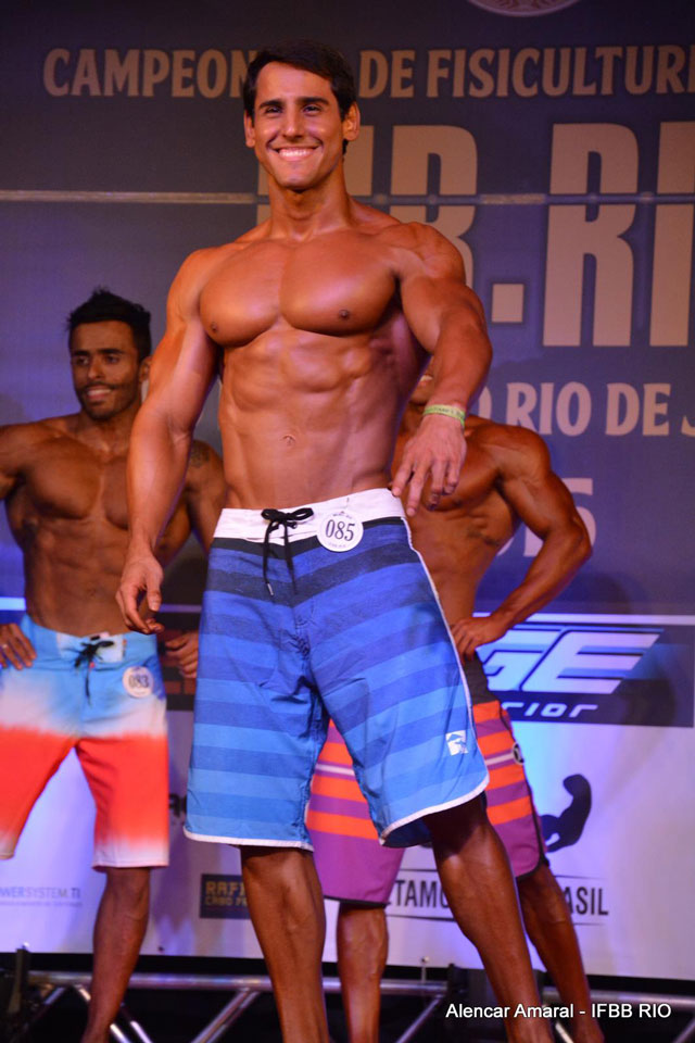 Ivo Toledo se apresenta no palco do Mr. Rio 2015. Foto: Alencar Amaral
