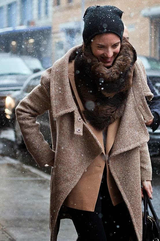Amazing scarf, jacket, hand bag and leggings fashion for winter