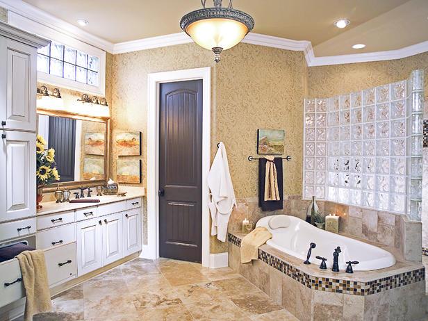 autrefois une chambre coucher cette salle a t transforme en un paradis marocain chaque tuile tait taille la main au maroc et mise face vers le - Salle De Bain Marocaine Design
