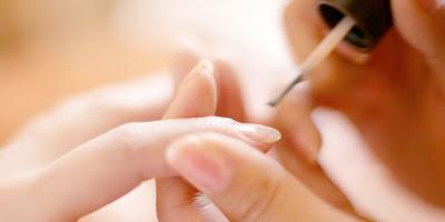 Tips Mencegah Kuku Yang Rapuh dan Mudah Patah, kuku patah