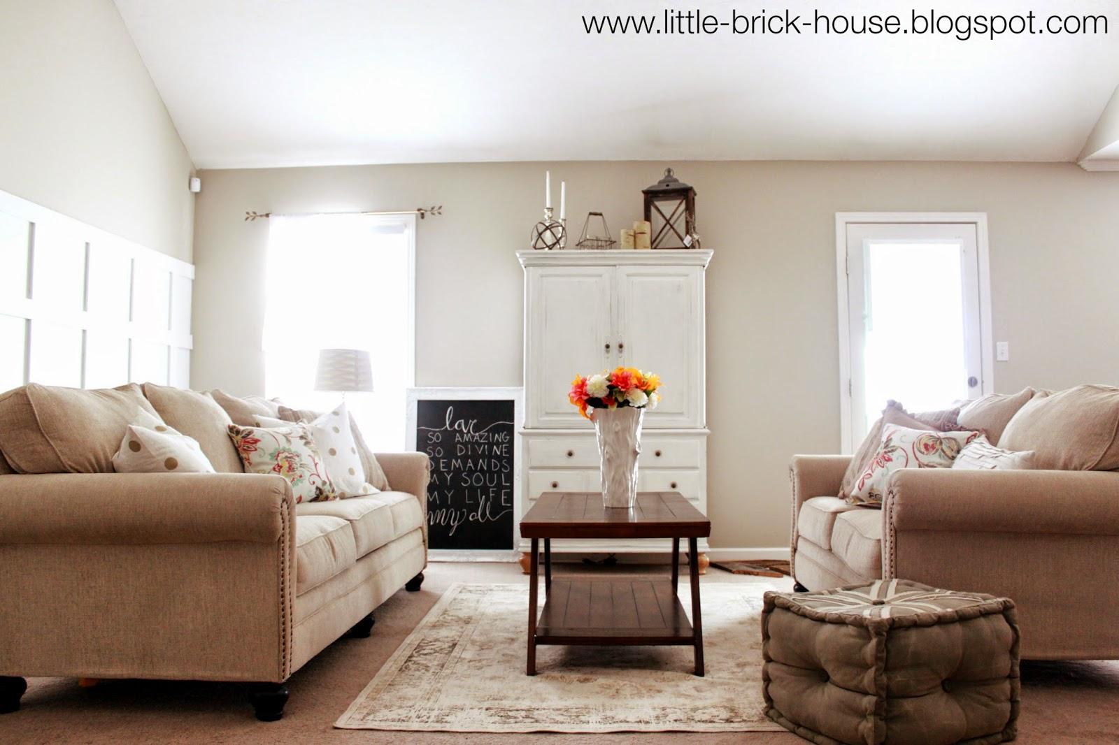 A little before shot Little Brick House