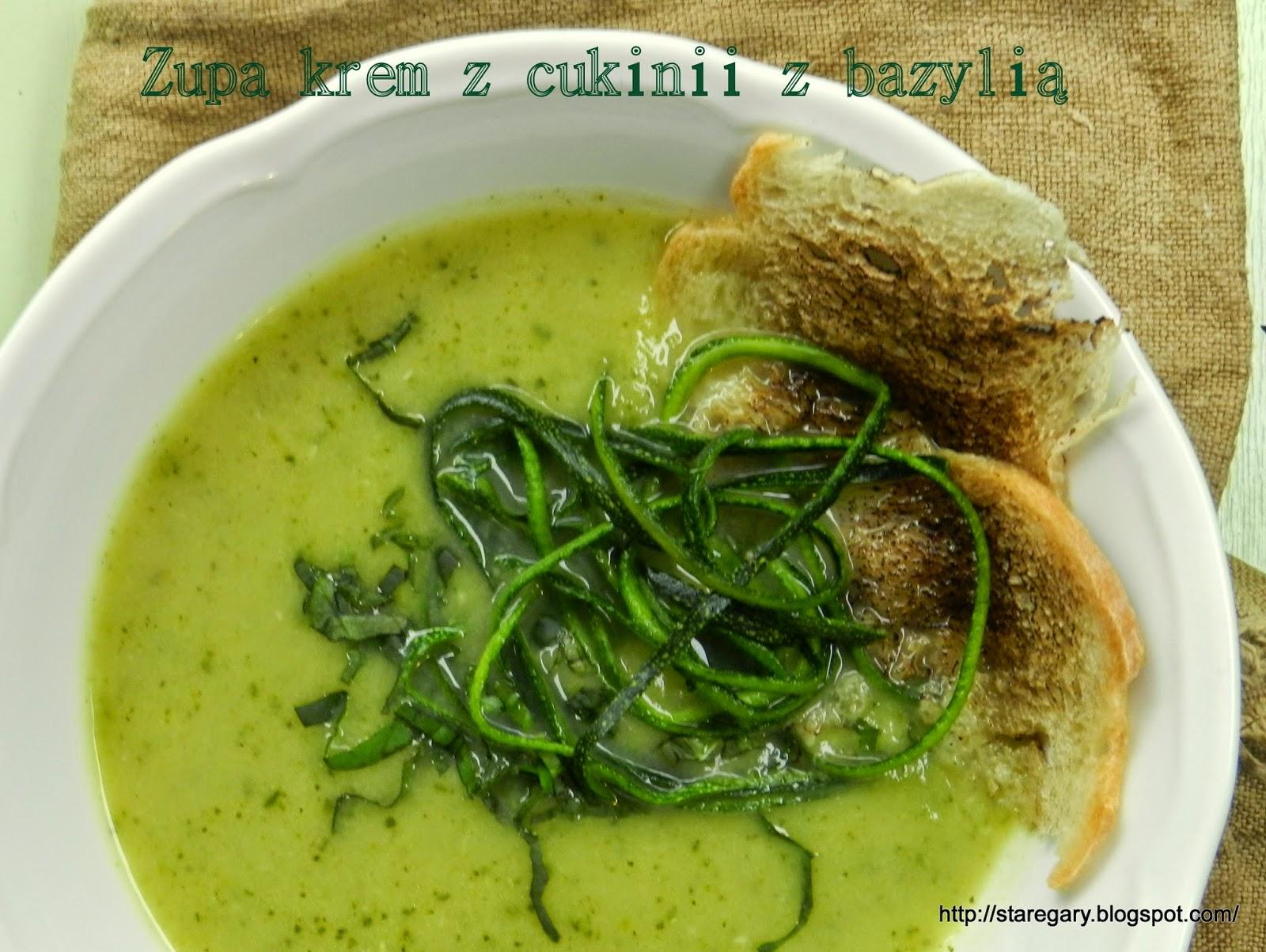 Zupa krem z cukinii z bazylią