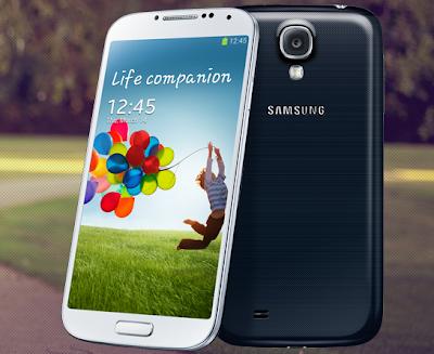 Samsung Galaxy S4 bianco e nero