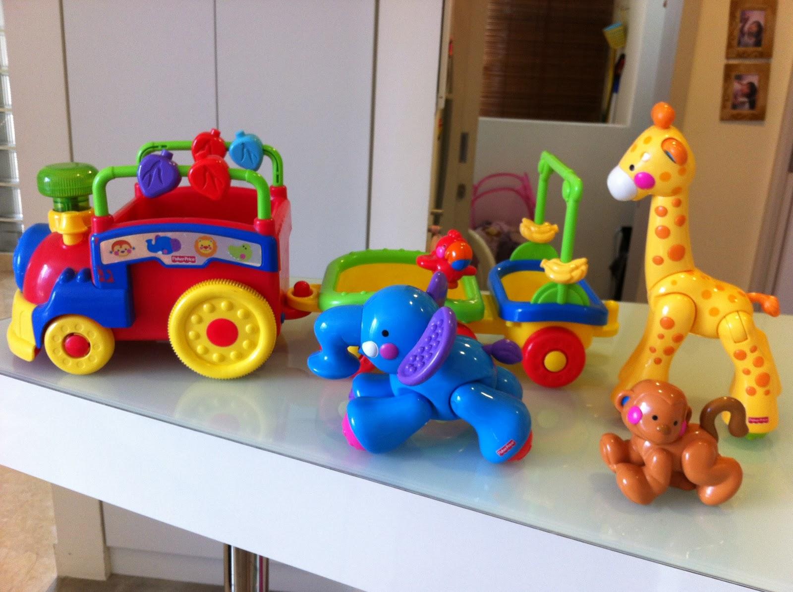 Animal Train Set : Preloved baby stuff for sale fisher price animal train