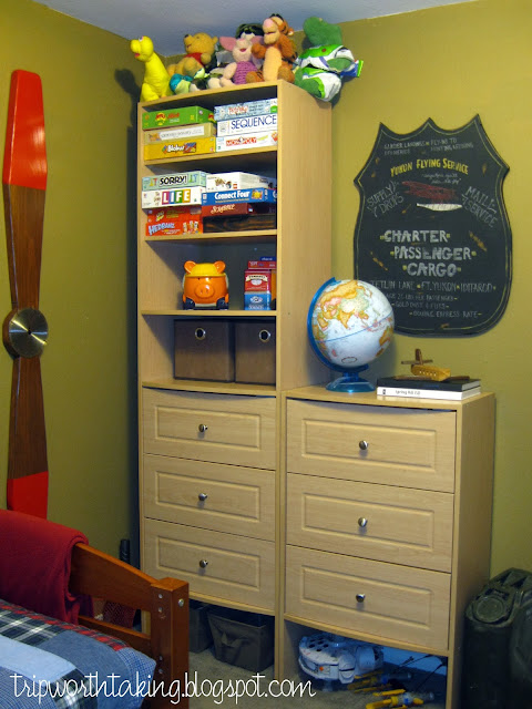 Airplane themed boys room