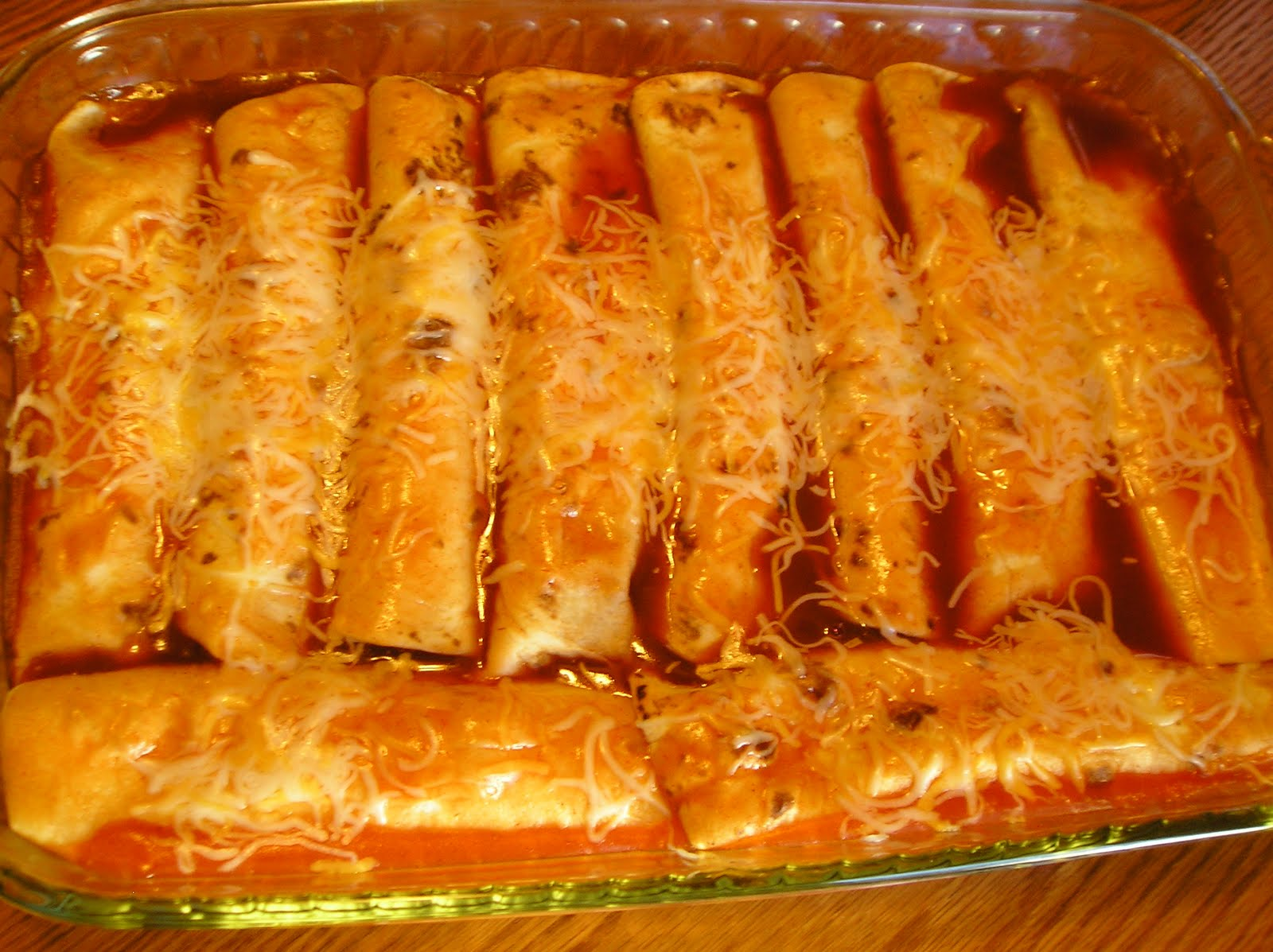 Sour Cream Chicken Enchiladas ~ Edesia's Notebook
