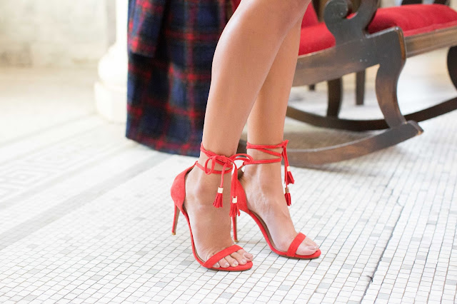 how to wear red heels, ray heels revolveclothing