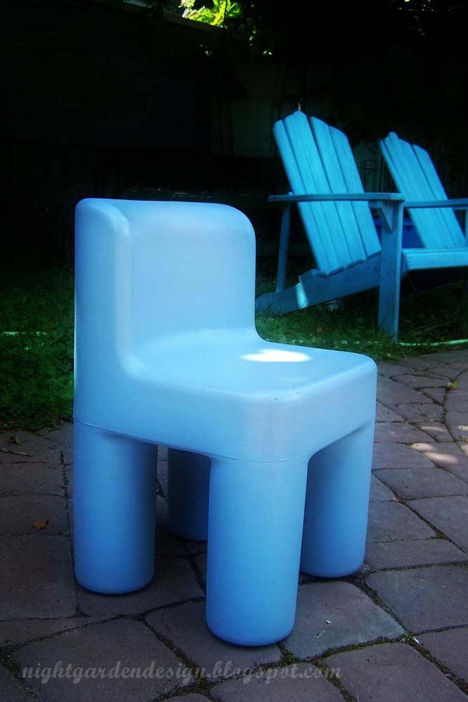 Night Garden Blog: thrift store finds: chairs for kiddo