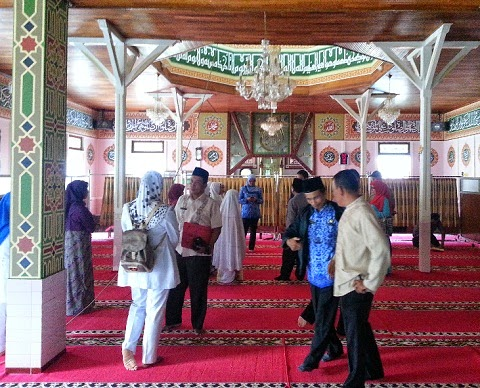 Lomba Kebersihan (Thaharah Masjid) di Mesjid Jami' Tabek Sarojo