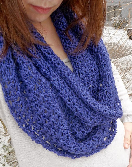 free crochet pattern lace circle scarf