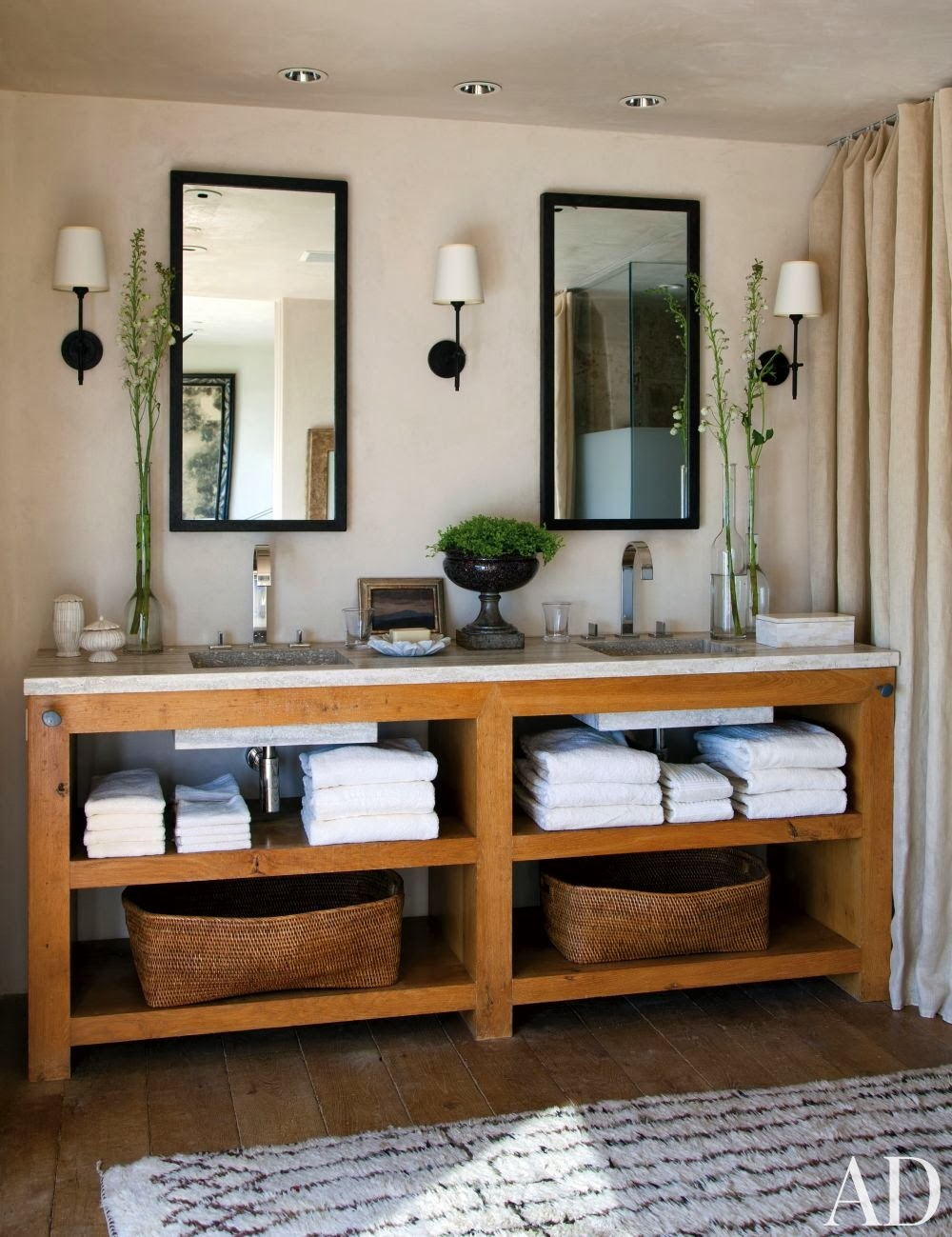 Refresheddesigns seven stunning modern rustic bathrooms for Meuble salle de bain rustique
