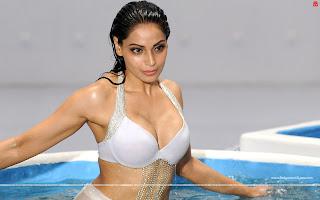 Bipasha Basu Hot Raaz 3 HD Wallpapers