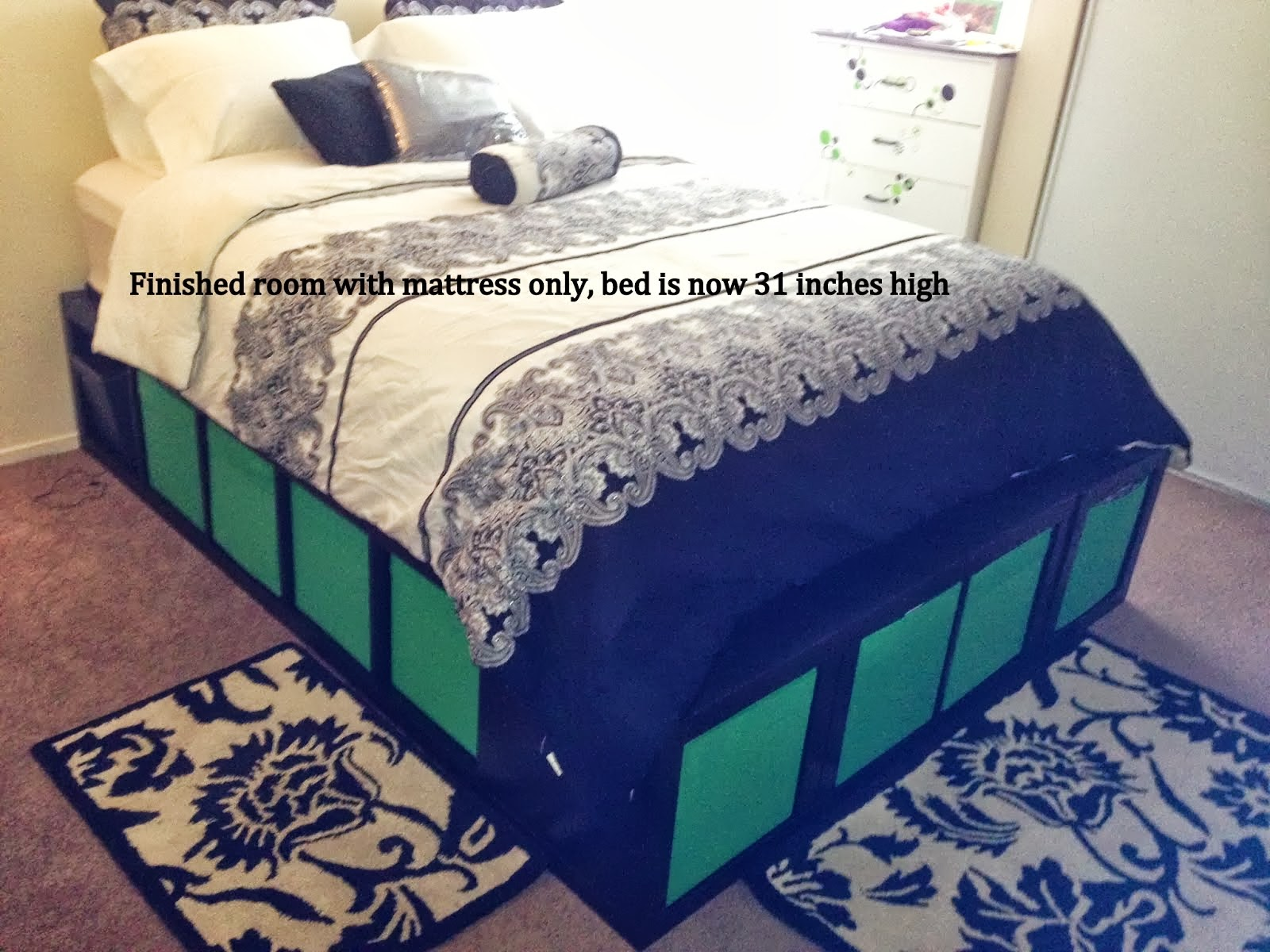 Expedit queen platform bed ikea hackers ikea hackers for Queen size bed ikea